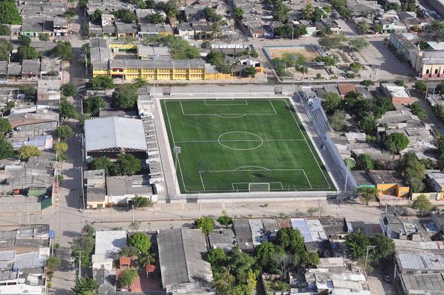 """Estadio de futbol """"El Pescaito"""""""