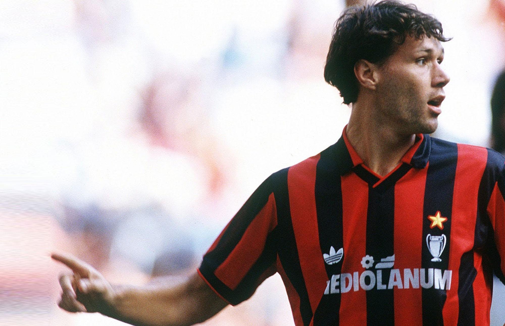 Marco Van Basten con el Milan