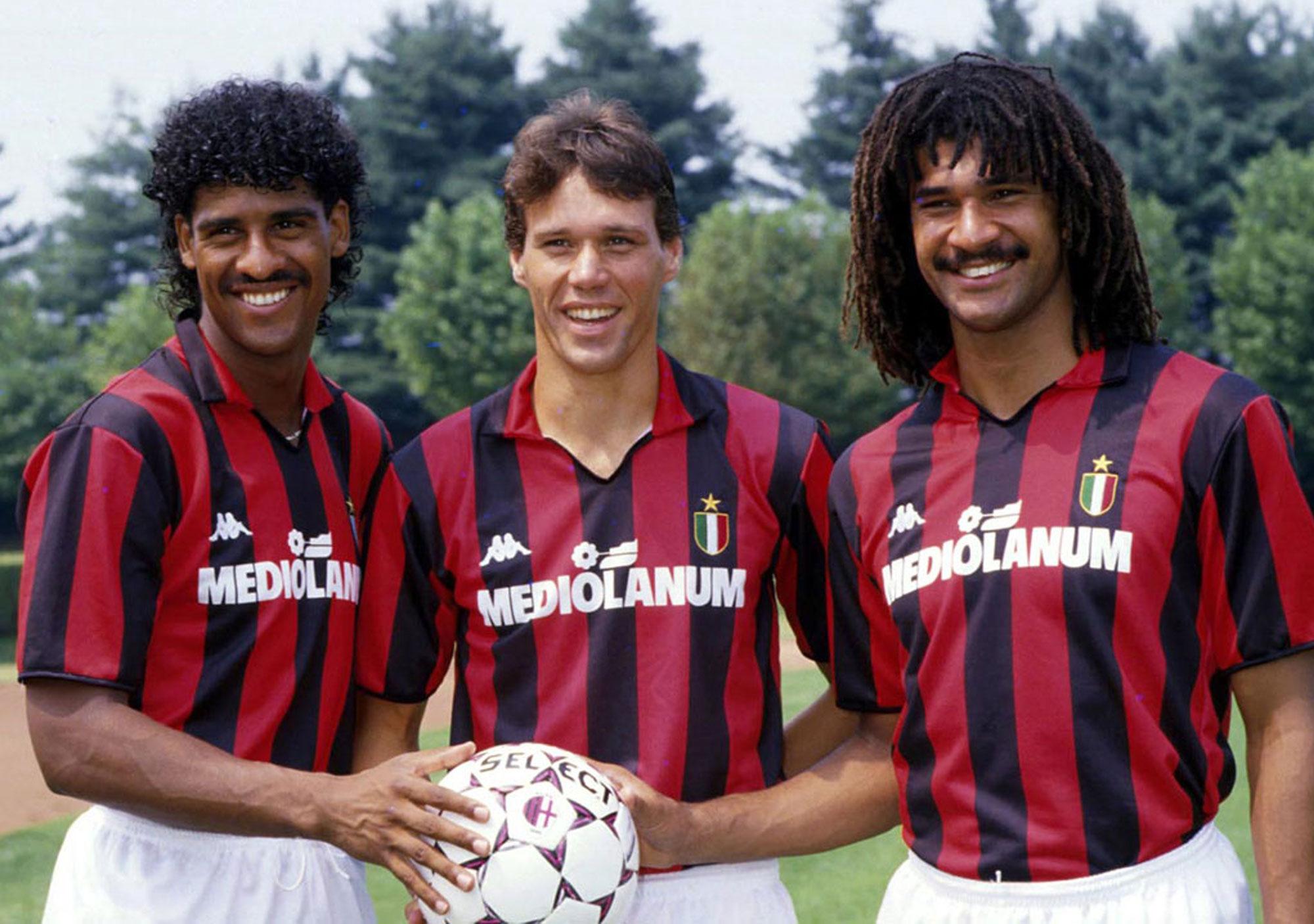 Rijkaard, Van Basten y Gullit con el Milan