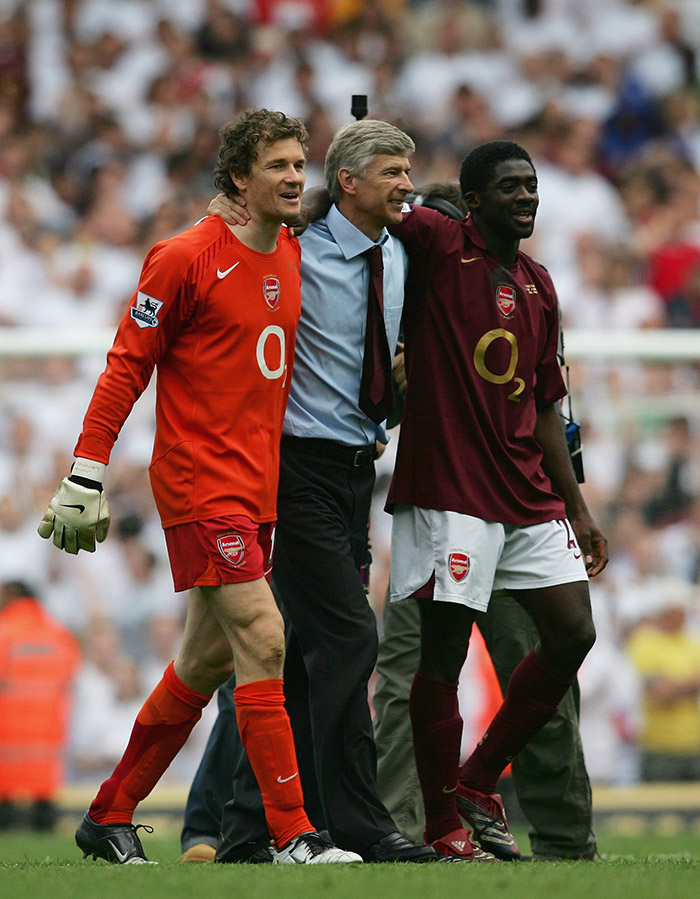Wenger con Kolo Touré y Lehmann en el Arsenal