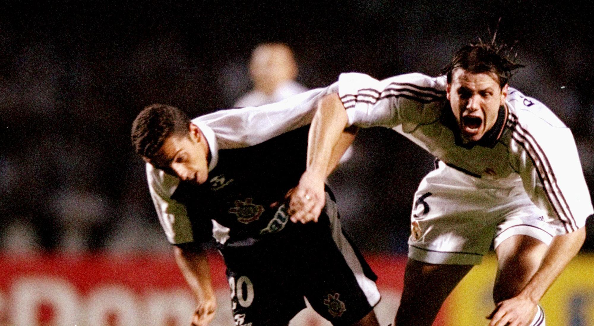 Redondo en el Real Madrid - Corinthians del Mundial de Clubes 2000