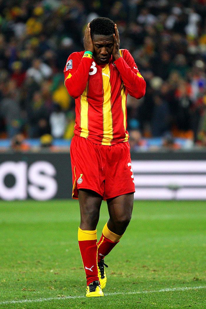 Gyan llora tras fallar penalti en 2010