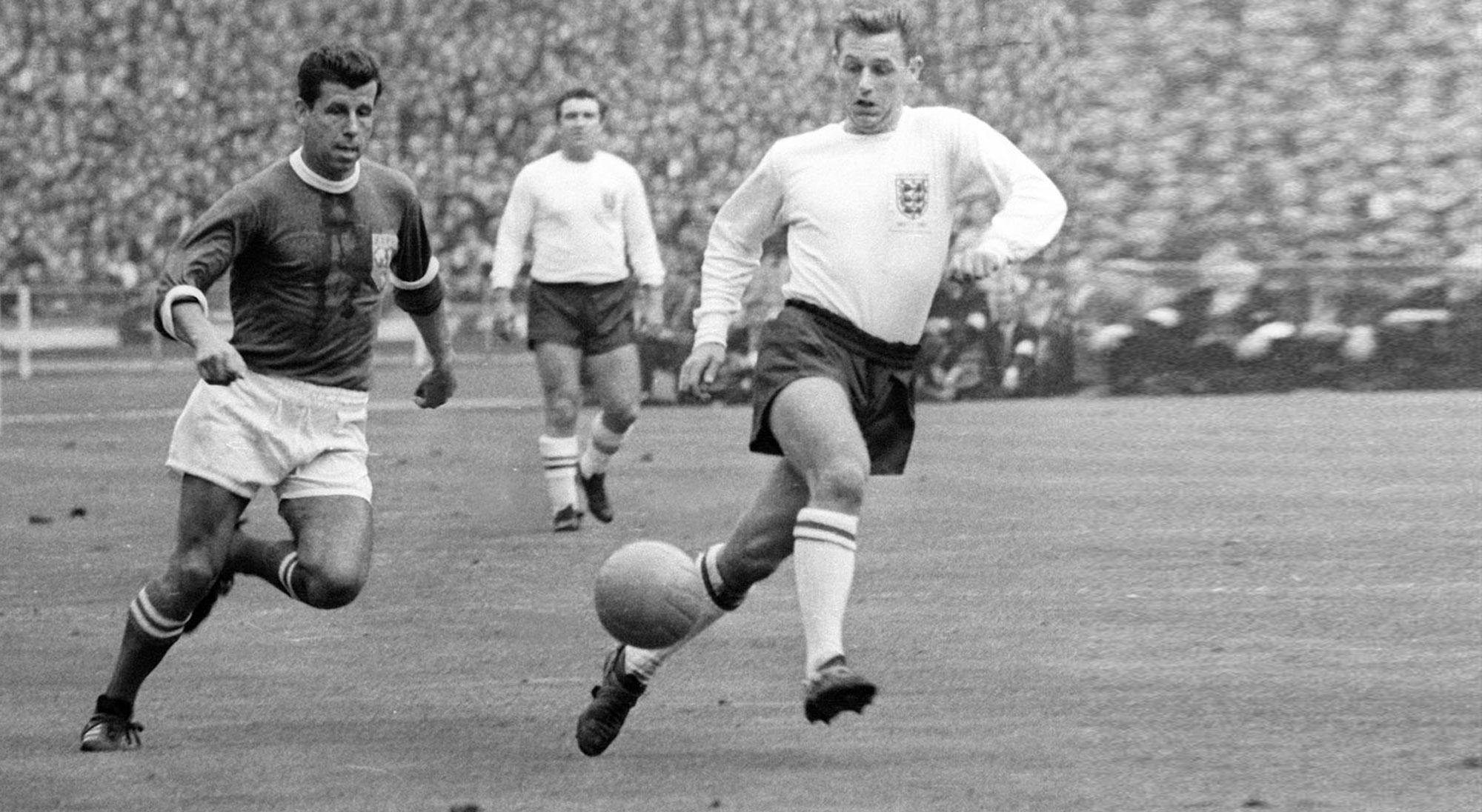 Masopust con el FIFA XI contra Inglaterra en 1963